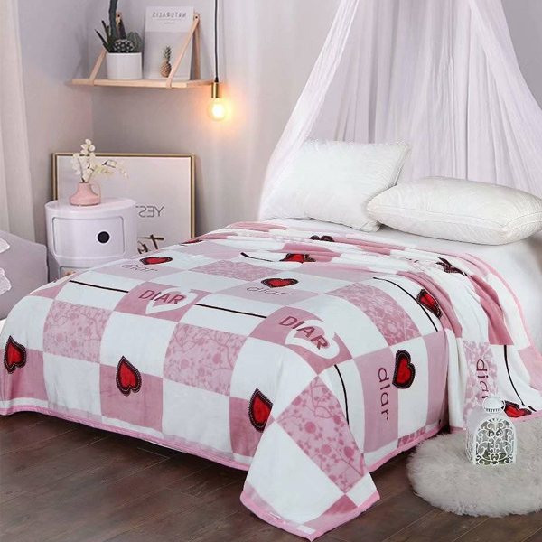Bedroom Essentials Printed Thin Blanket - Check Hearts