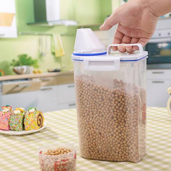 Sealed Food Storage Jar With Measurement