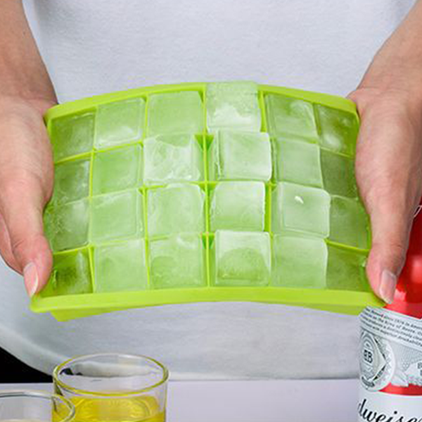 Cubical Quality Silicone Ice Tray - Green