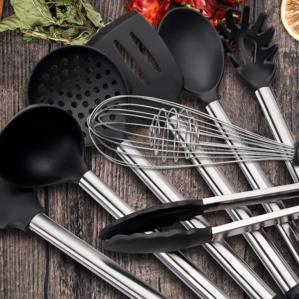 Eight Pieces Multi Purpose Kitchen Spoons Set