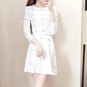 Two Pieces Knitted Shirt With Skirt Dress - White
