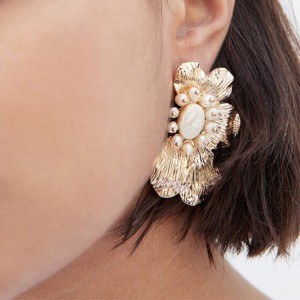 Pearl Decorative Fancy Wear Ear Tops Pair