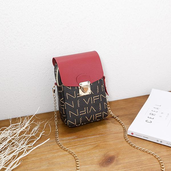 Alphabetical Prints Press Lock Shoulder Bags - Red