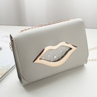 Lip Hollow Clap Chain Strapped Messenger Bag - Grey