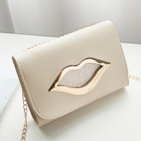 Lip Hollow Clap Chain Strapped Messenger Bag - Beige