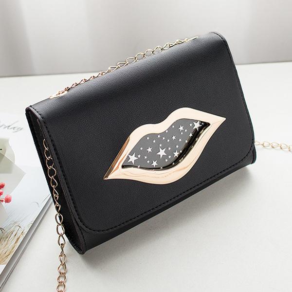 Lip Hollow Clap Chain Strapped Messenger Bag - Black