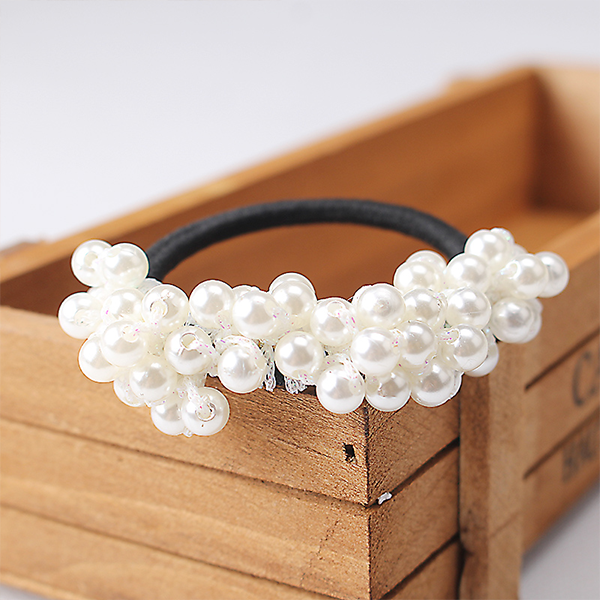Pearl Decorated Elastic Hair Band