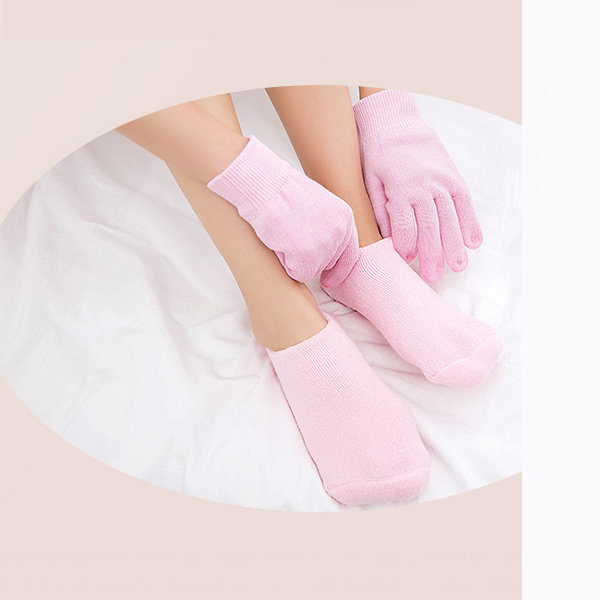 Reusable Spa Gel Gloves For Smooth Soft Feet And Hands