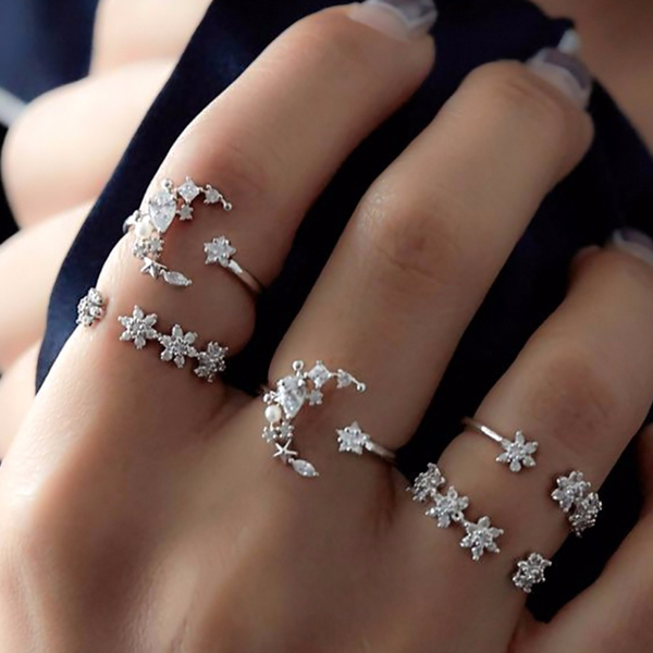 Boho Decorated Five Pieces Rings Set