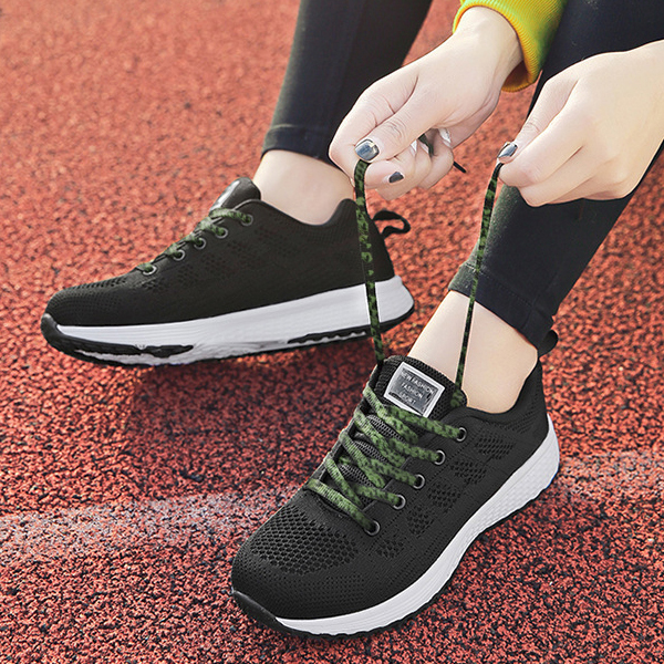 Light Weight Sports Black Running Sneakers - Green Laces