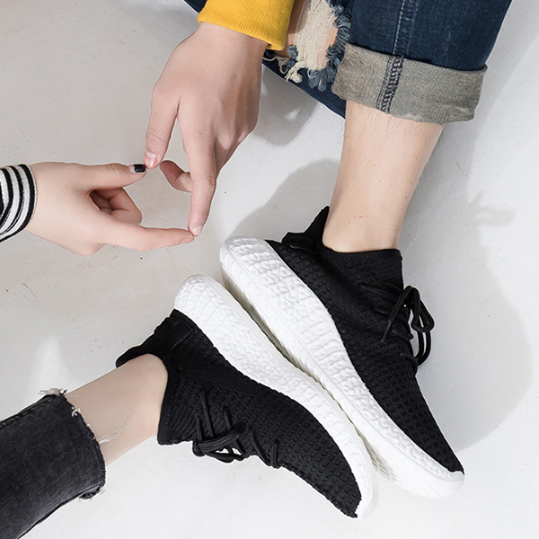Breathable Mesh Canvas Soft Sports Wear Sneakers - Black