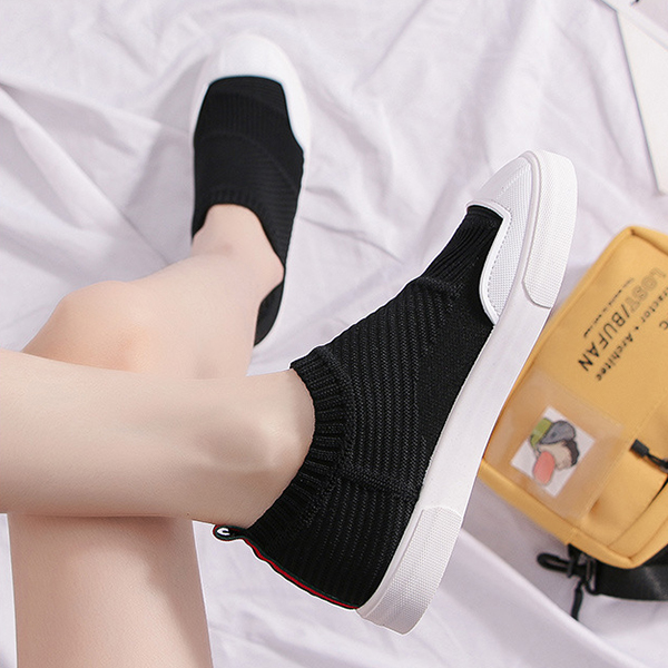 Rubber Sole Flat Casual Sports Shoes - Black