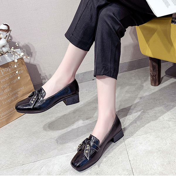 Retro Office Wear Shallow Formal Shoes - Black