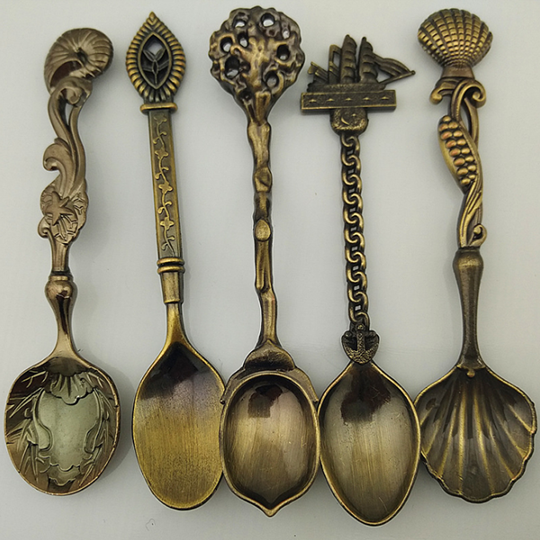 Engraved Ancient Designed Tea Spoons Set