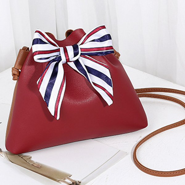 Flared Bow Patched PU Leather Shoulder Bags - Burgundy