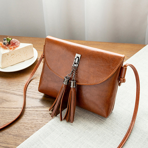 Tassel Decorated Shiny Textured Shoulder Bags - Brown