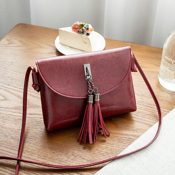 Tassel Decorated Shiny Textured Shoulder Bags - Burgundy