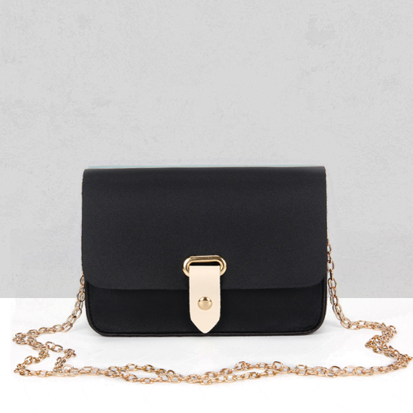 Chain Strapped Buckle PU Messenger Bags - Black