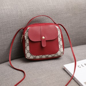 Magnetic Lock Designers Mini Shoulder Bags - Red