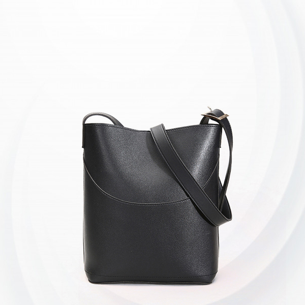 Magnetic Closure Wide Space Bucket Bags - Black