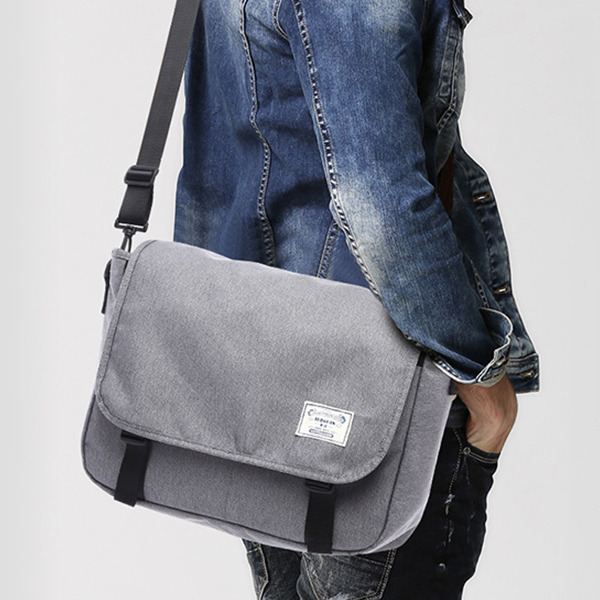 Black Wide Space Traveller Shoulder Bag