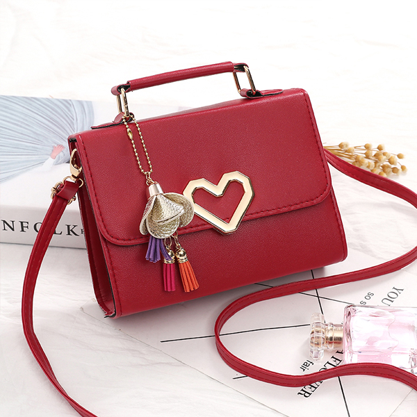 Heart Patched Closure Tassel Messenger Bags - Red