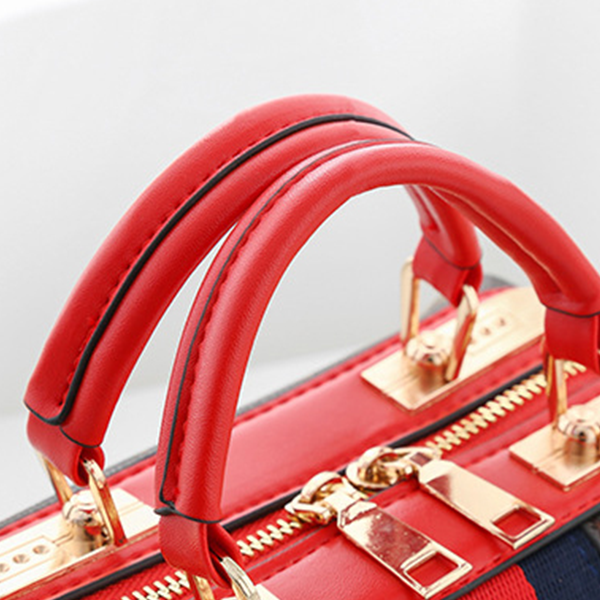 Red Contrast Printed Designers Messenger Bags