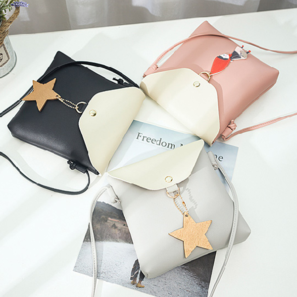 Star Hanging Envelope Vertical Shoulder Bags - Black