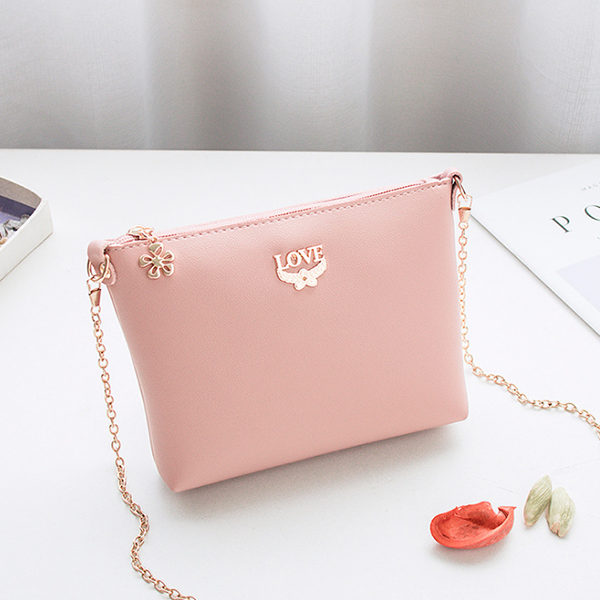 Chain Strapped Love Plain Shoulder Bags - Pink