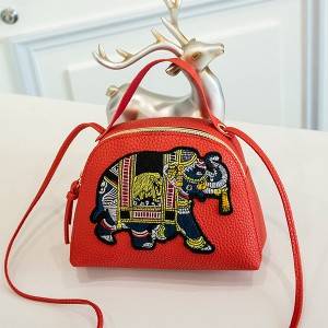 Thread Art Elephant Casual Messenger Bags - Red