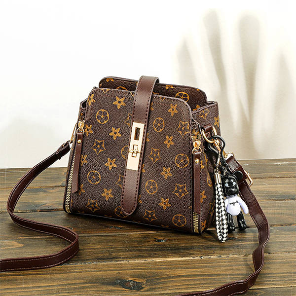 Check Prints Twist Lock Shoulder Bags - Brown