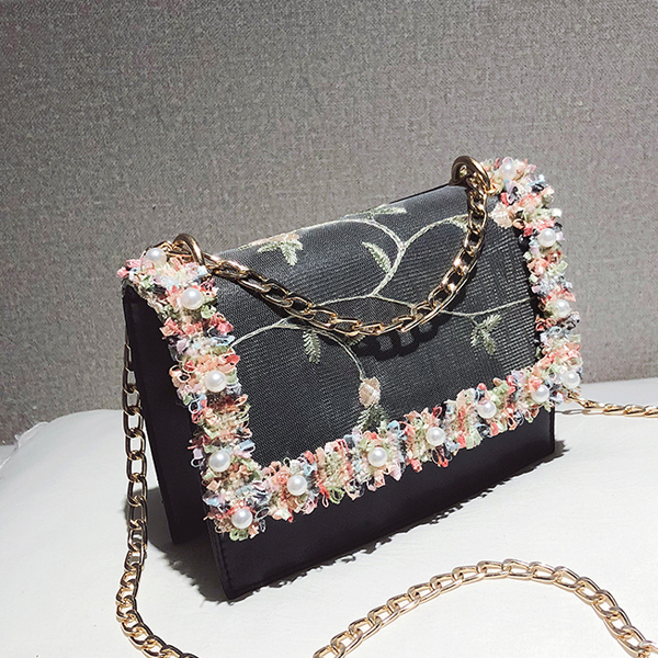Lace Patch Pearl Thread Art Messenger Bags - Black