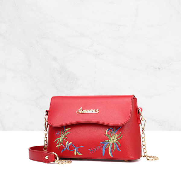 Embroidery Chain Strap Mini Messenger Envelope Bag Red