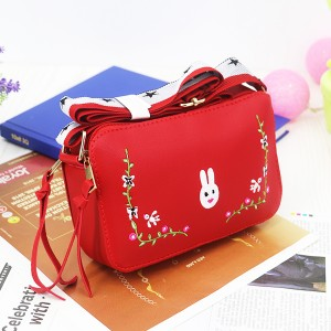 Rabbit Thread Floral Strap Messenger Bags - Red