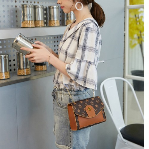 Bug Patched Chain Strap Messenger Bags - Brown