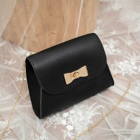 Bow Patched Twist Lock Chain Messenger Bags - Black