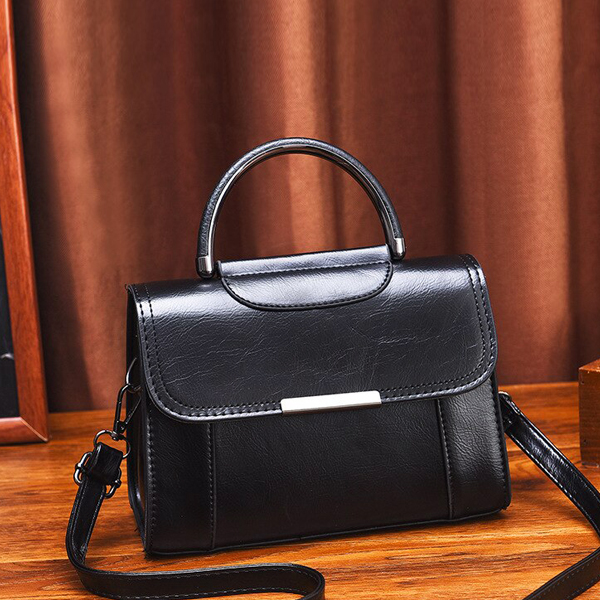 Leather Textured Magnetic Lock Messenger Bags - Black
