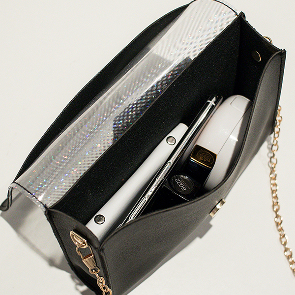 Glitter Chain Strap Silicon Flap Messenger Bags - Black