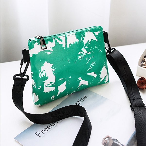 Leaves Printed Black Strappy Messenger Bags - Green