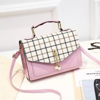 Check Prints Pearl Hanging Messenger Bags - Pink