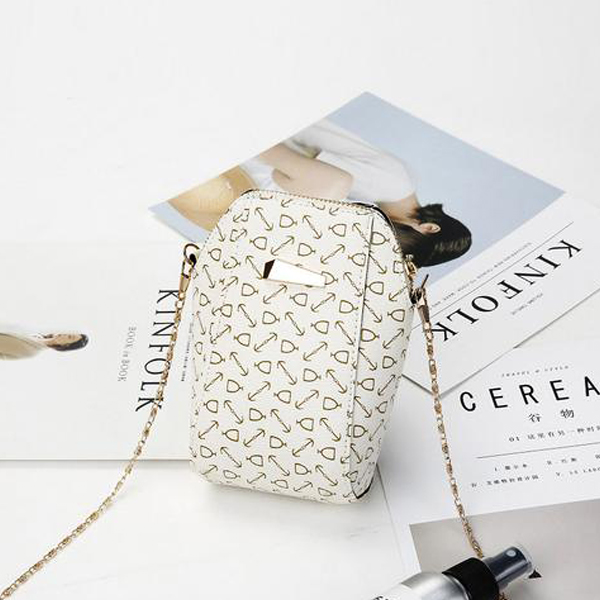 Chain Strapped Casual Printed Vertical Shoulder Bags