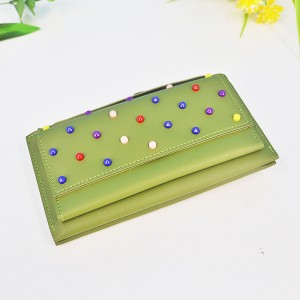 Colorful Beads Patch Synthetic Leather Wallet - Green