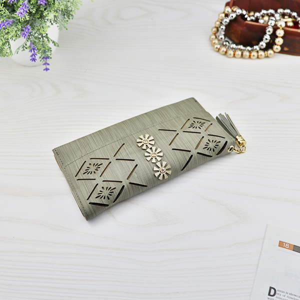 Flower Cut Out Hollow Money Wallet - Green