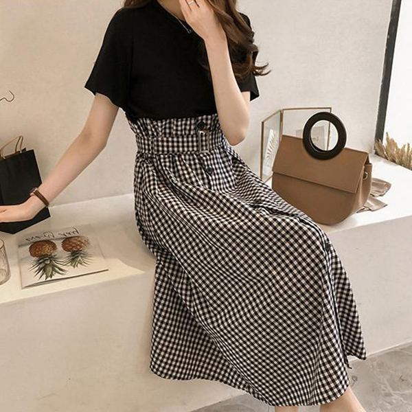 Short Sleeves Loose Top With Pleated Skirt - Checks