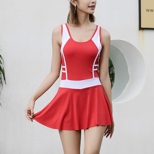 Contrast Solid Color Mini Length Swimsuit - Red