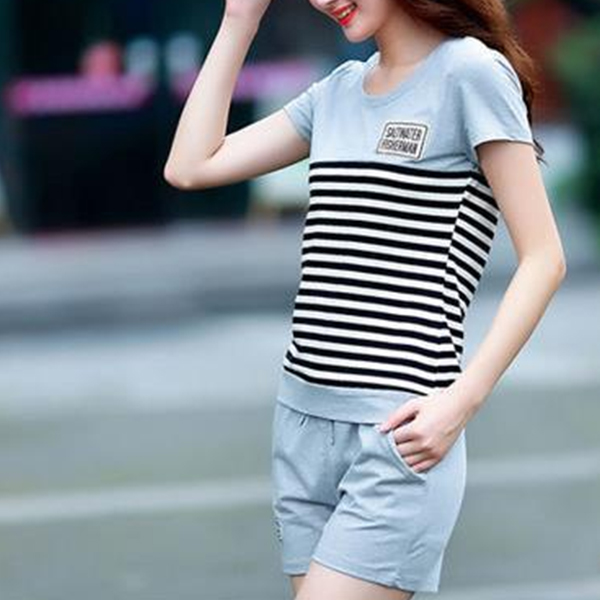 Striped Contrast Shorts Bottom With T-Shirt - Gray