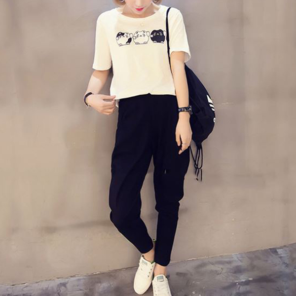 Casual Wear T-Shirt With Narrow Style Trouser