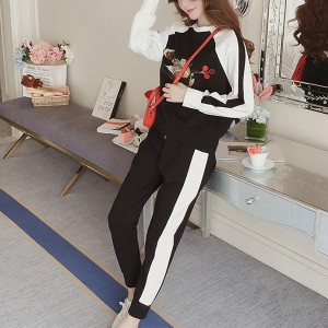 Two Pieces Sports Bottom Pants With T-Shirt - White