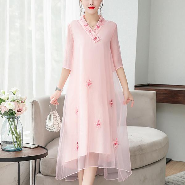 V Neck Floral Embroidery Midi Dress - Pink