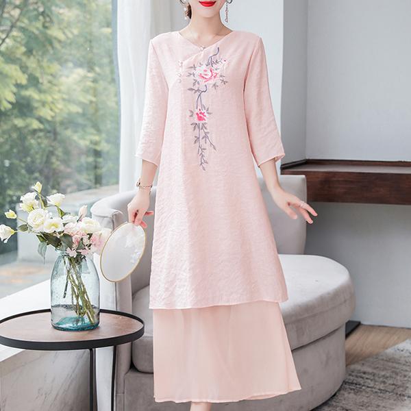 Embroidered Floral V Neck Midi Dress - Pink